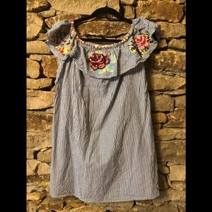 Chicwish embroidered sleeveless top (L)